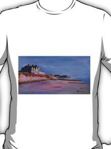 Long Island Beach Scene - Hamptons South Fork Beach Walk with House I  T-Shirt