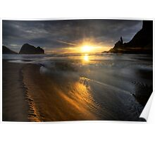 Into the sun, Piha Poster