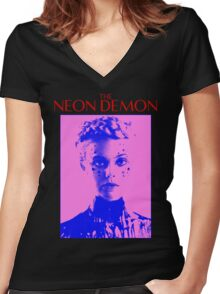 THE NEON DEMON Women's Fitted V-Neck T-Shirt