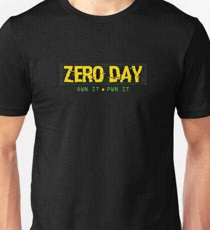 0day - own it, pwn it Unisex T-Shirt