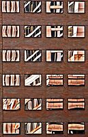 Windows reflections by cclaude