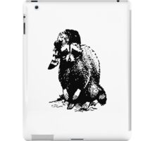 RACOON WITH RACOON HAT LAST MAN ON EARTH PHIL MILLER iPad Case/Skin