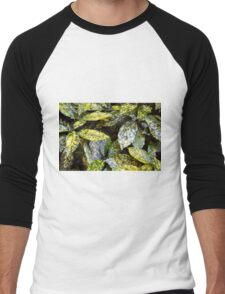 Green leaves with yellow spots texture Men's Baseball ¾ T-Shirt