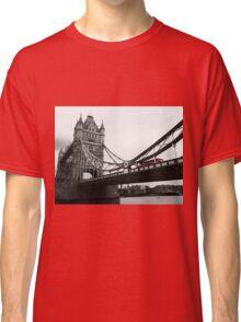 London Bridge Black & White with Red Bus Classic T-Shirt