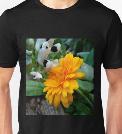 contrasting cousins Unisex T-Shirt