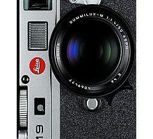 Vintage camera by CabeBereumLada