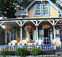 Gingerbread house. by ryannenoelle