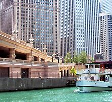 Chicago Tour - By Boat by Nadya Johnson