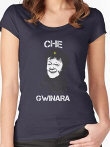 Che Gwinara Women's Fitted Scoop T-Shirt