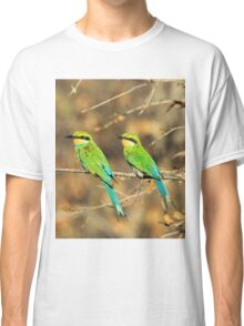Bee-eater Greens - Mother and Chick of Spring Classic T-Shirt