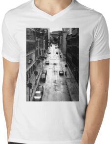 Birmingham City Centre, Edmund Street with Old library in background. Mens V-Neck T-Shirt