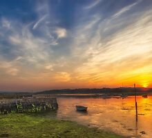 Newtown Quay Sunset Pano by manateevoyager