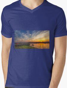 Newtown Quay Sunset Pano Mens V-Neck T-Shirt