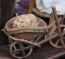Miniature wooden bicycle by spetenfia