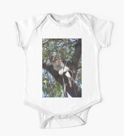 Bi-Color Tabby Cat In Tree 2 One Piece - Short Sleeve