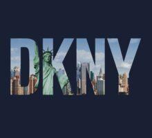 DKNY T-Shirt