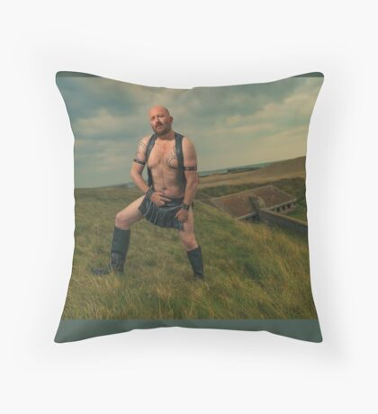 TROY - GLADIATOR  IN THE WILDERNESS Throw Pillow