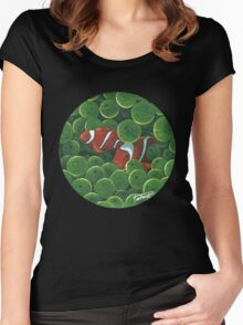 Clownfish - acrylic painting Women's Fitted Scoop T-Shirt
