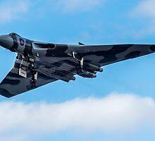 Avro Vulcan by Sam Smith