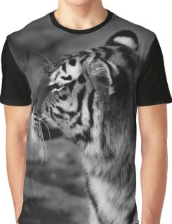 tiger, tiger sideview - black an white Graphic T-Shirt
