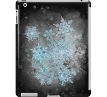 Snow is coming, on black iPad Case/Skin