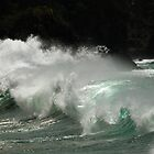 wave watching by dinghysailor1