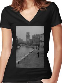 Walking by the canal Women's Fitted V-Neck T-Shirt