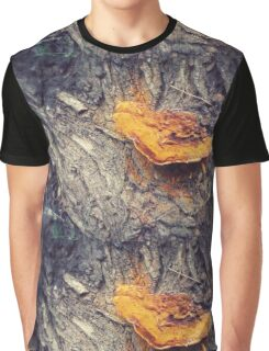Forest Friend Graphic T-Shirt