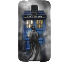 Mysterious Time traveller with Black suit Samsung Galaxy Case/Skin