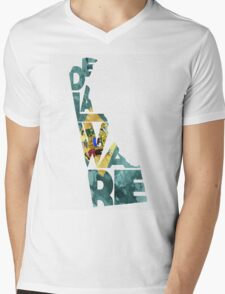 Delaware Typographic Map Flag Mens V-Neck T-Shirt
