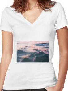 Ripples Women's Fitted V-Neck T-Shirt