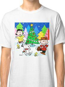 CHARLIE BROWN CHRISTMAS 27 Classic T-Shirt