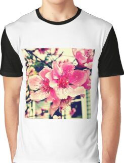 Pink beach flowers!!!! Graphic T-Shirt