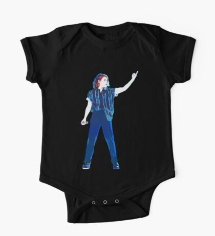 Christine and the queens singing One Piece - Short Sleeve