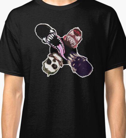 """Finn Balor (Prince Devitt) """"4 faces"""" T - Shirt Classic T-Shirt"""