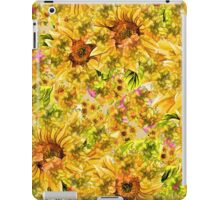 Trendy Vintage Red and Pink Floral Print iPad Case/Skin