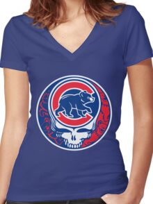 Grateful Cubs Women's Fitted V-Neck T-Shirt
