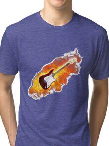 Brennende Elektro Gitarre Tri-blend T-Shirt