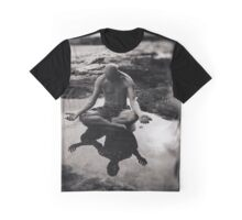 Omming in a puddle Graphic T-Shirt