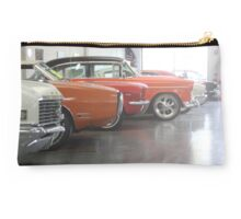 Muscle-car Garage Studio Pouch