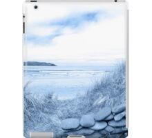 blue toned stone wall shelter on a beautiful beach iPad Case/Skin