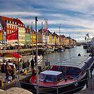 Nyhavn, København by João Figueiredo