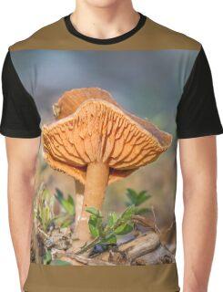 LACTARIUS Graphic T-Shirt
