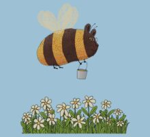 Bumble Bear with honey flies home Kids Clothes
