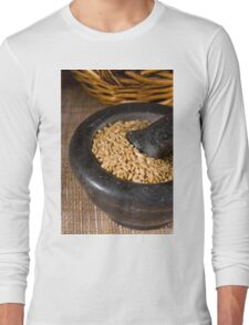 Wheat grain with Pestle and Mortar Long Sleeve T-Shirt