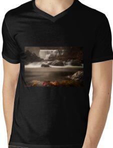 Middle Falls Mens V-Neck T-Shirt