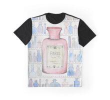 Paris, warm love. Graphic T-Shirt