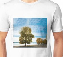 Picturesque autumn tree by the lake Unisex T-Shirt