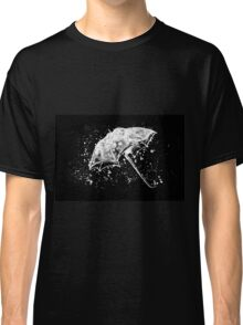 Watercolor painting of umbrella and water splashes Classic T-Shirt