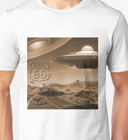 YOU NEVER KNOW WHAT YOU'LL SEE ON ROUTE 66 Unisex T-Shirt